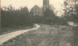 Eglise vue jardin.jpg