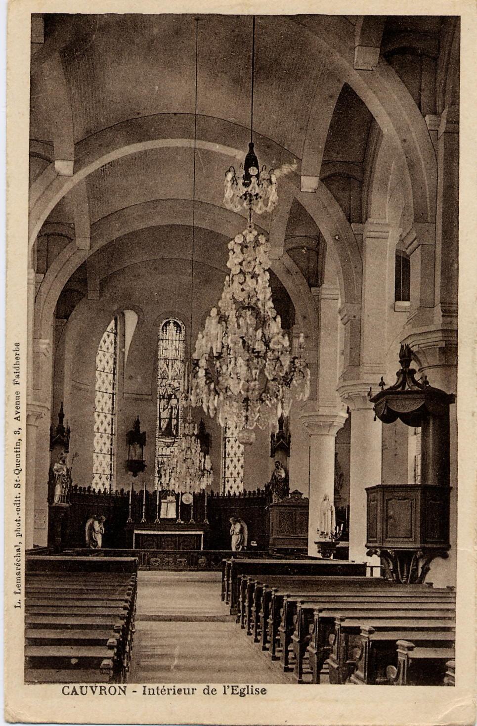 Intérieur Eglise 1950